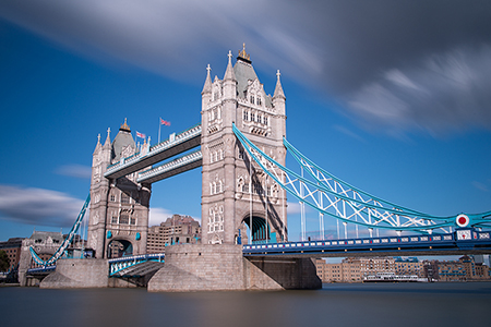 Long_exposure_ tower_bridge_deb_sandidge